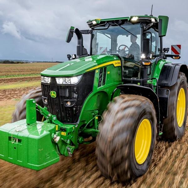 Schulung: Traktoren Serie 7R, 8R